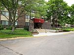 450 Raintree Ct UNIT 1P, Glen Ellyn, IL