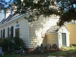 290 Virginia St, Urbanna, VA