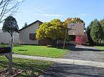 1256 Lee Ann Ln, Woodstock, IL