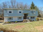76 Hagan Dr, New Hope, PA