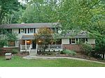 233 Monticello Dr, Chagrin Falls, OH