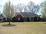 490 Augusta Dr, Meridian, MS