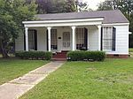 302 S Victoria Ave, Cleveland, MS