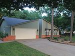 911 S 28th St, Rogers, AR