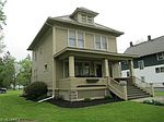 145 S Chestnut St , Jefferson, OH 44047