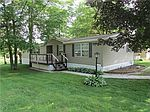 441 Holly Park Dr, Erie, PA