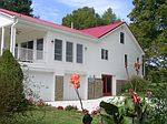 221 R Roy Rd, Russell Springs, KY