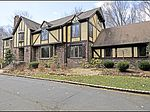 11 Glenwood Dr, Saddle River, NJ