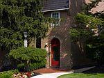 200 Meadowbrook Dr, Huntingdon Valley, PA