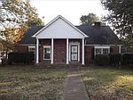 3304 Ridgeway Rd, Memphis, TN