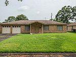 8690 Braeburn St, Beaumont, TX