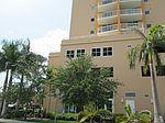 58 NW 37th St, Miami, FL