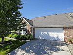 1227 Blakely Dr, Greenwood, IN