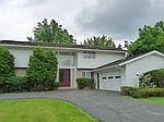 24818 Wimbledon Rd, Beachwood, OH