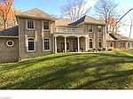156 Kevin Dr, Tallmadge, OH