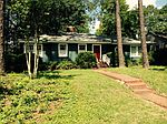 1172 5th St SW, Moultrie, GA