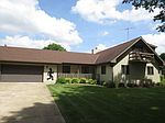 9590 Brown Rd, Morris, IL