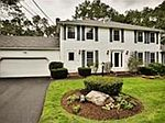 15 Woodhaven Dr, Andover, MA