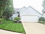722 Cashew Ct NW, Grand Rapids, MI