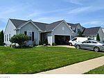 396 Cherrywood Ln, Painesville, OH