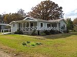 2269 Red Dog Rd, Carthage, MS