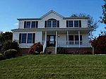 808 Cleardale Dr, Greensburg, PA