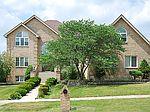 196 N Oak Mill St, Addison, IL