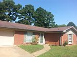 7713 Cherry Valley Blvd, Southaven, MS
