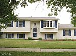 2104 Pacific Ave, Bloomington, IL