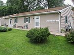 205 N Line St, South Whitley, IN