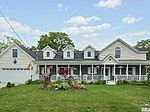 67 Bayview Ave, Blue Point, NY