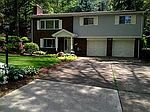 2051 Hampstead Dr, Pittsburgh, PA