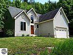 9262 E Hoxie Rd, Cedar, MI