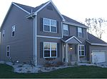 5425 S 44th Ct, Greenfield, WI