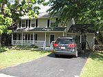 1026 Barrens Village Ct, Roanoke, VA