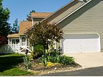 2081 Meadow Gate # 93, Akron, OH