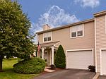 303 Squire Cir, Pittsburgh, PA