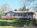 95 Willow Lake Rd , Roxboro, NC 27574
