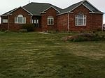 208 Willow Dr, Mead, CO