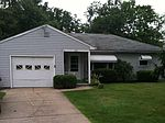 421 Wells Rd, Hermitage, PA