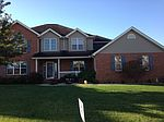 431 Willow Run Dr, Red Bud, IL