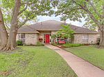 9228 Windy Crest Dr, Dallas, TX