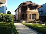 1601-1602 E Beverly Rd, Shorewood, WI