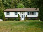 21 Angel Rd , New Paltz, NY 12561