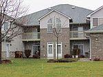 4724 W Maple Leaf Cir, Greenfield, WI