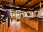 208 Grindelwald Rd, Mammoth Lakes, CA