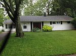 4024 Indian Hills Dr, Fort Wayne, IN