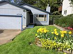 4745 SW Vacuna St, Portland, OR
