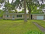 1451 Appleford St, Walled Lake, MI