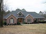 1441 Plantation Dr, Sandersville, GA
